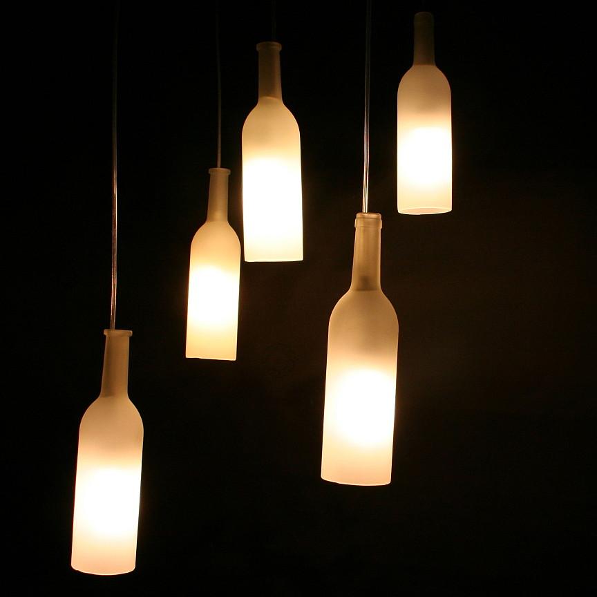 l 39 autre vie des bouteilles les luminaires en verre recycl lampes lustres appliques suspensions. Black Bedroom Furniture Sets. Home Design Ideas